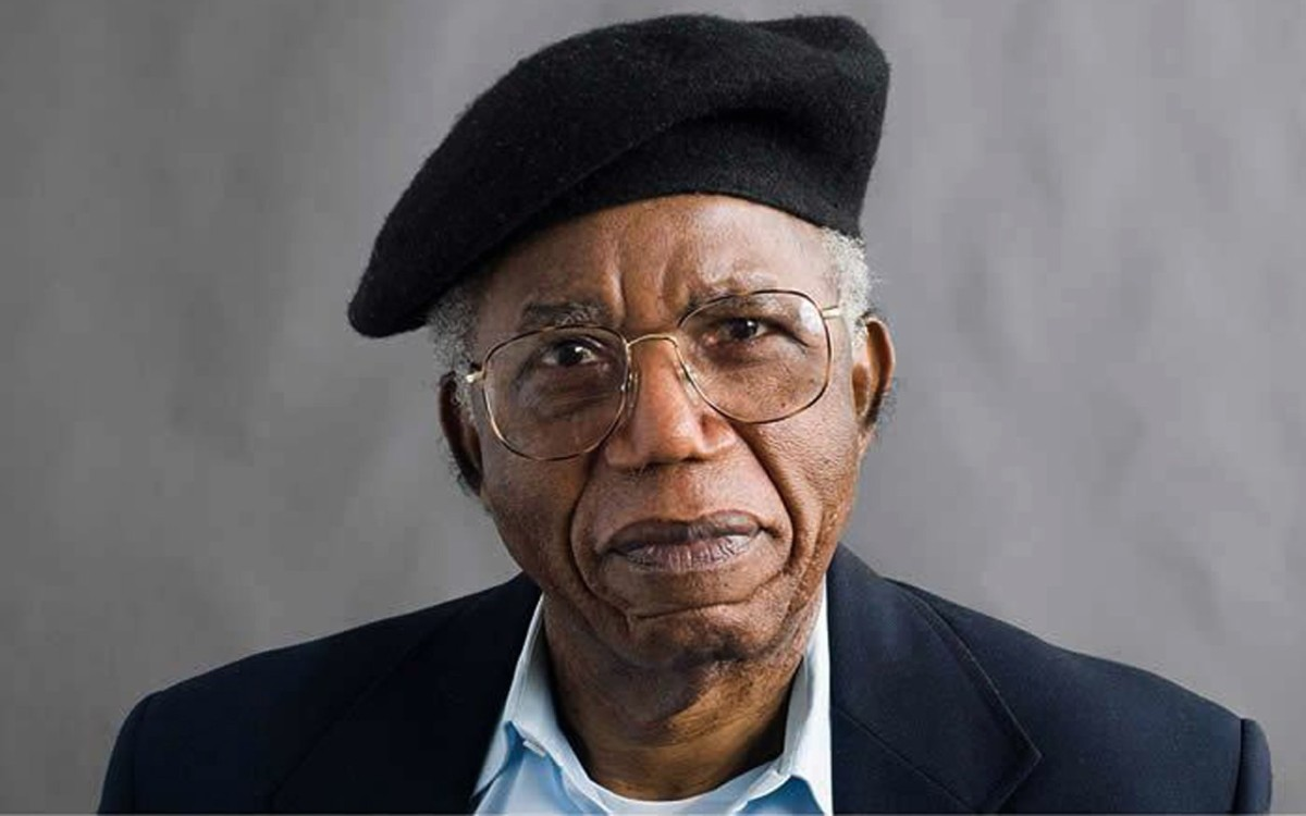 8pm, 9th October – Things Fall Apart – Chinua Achebe